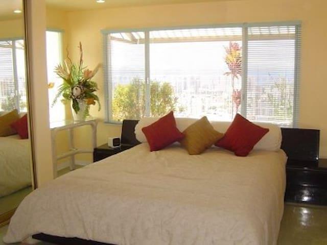 $10M mansion's paradise suite - Honolulu - House