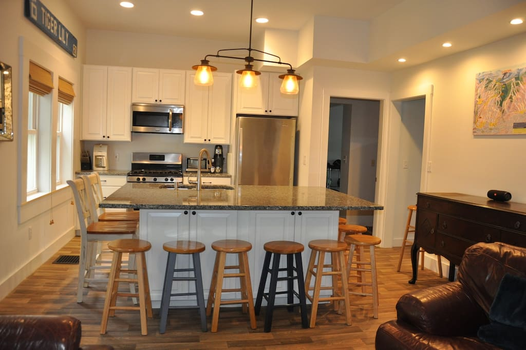 Kitchen/Living Room #1