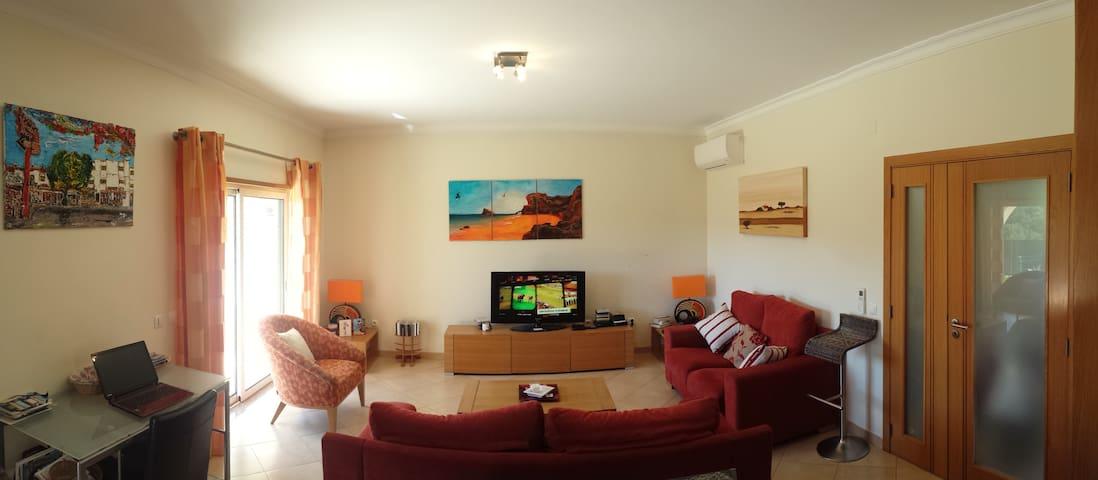 Luxury , modern villa . Albufeira , 2 bed, 3 bath - Albufeira - Vakantiewoning