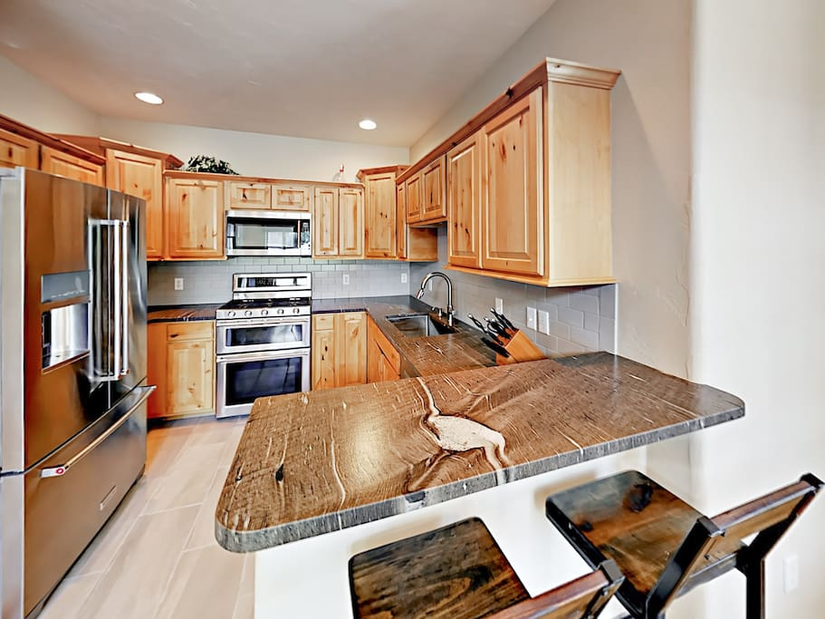 The chef of the group will appreciate a gourmet kitchen with quality stainless steel appliances.