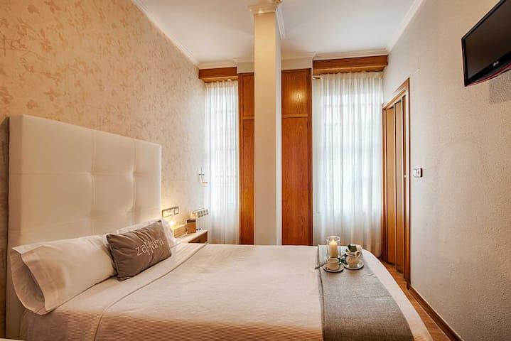 Habitación individual con baño. Limpieza diaria