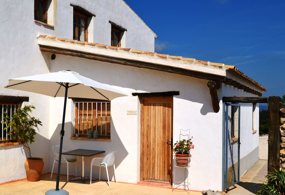 Small guesthouse at the end of the hamlet Benalí