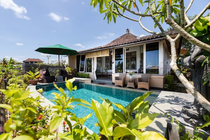 Villa Jepun - Peace, quiet, views, pool, Ubud.