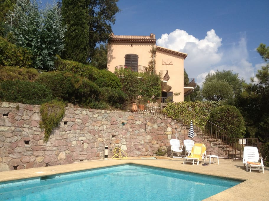 Villa with private swimming pool and garden