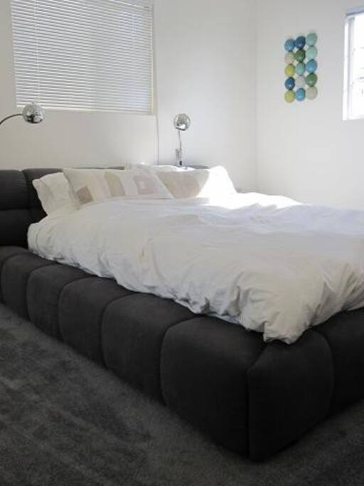 premium bed and linens