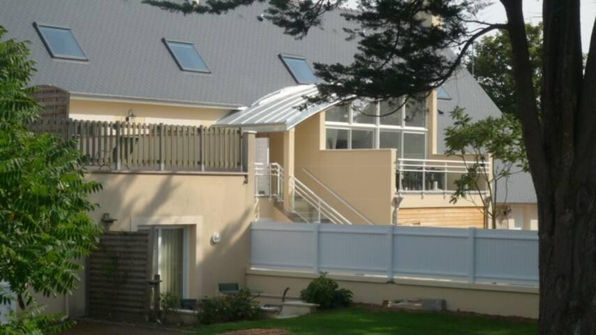 Appartement F3 rez-de-chaussée - Colleville-sur-Mer - Daire