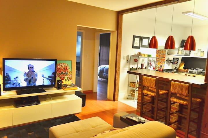 Apartamento confortável no centro de Santa Cruz