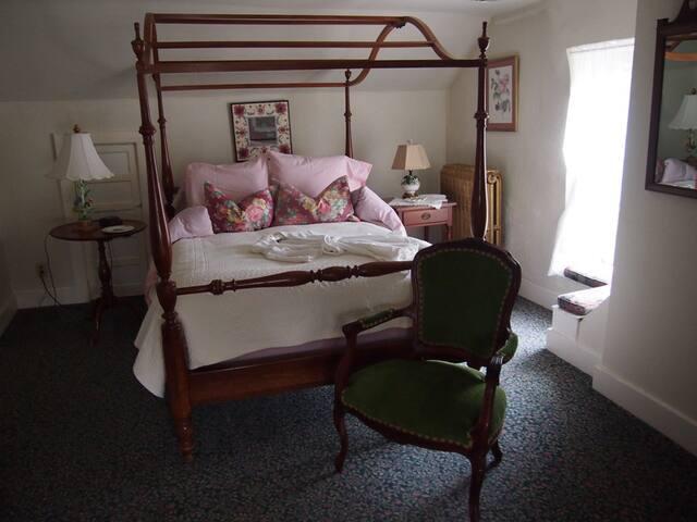Wydnor Hall Inn, Gregory Suite