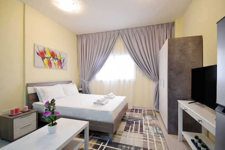 Lovely Studio Apartment Dubai Silicon Oasis
