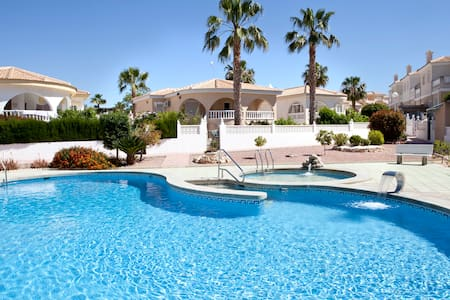 HOLIDAY VILLA, COSTA BLANCA SPAIN - Benijófar - Villa