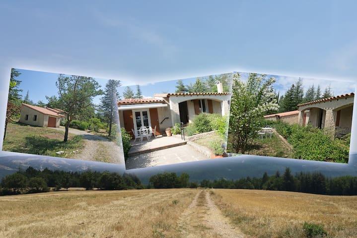 Villa La Lurette 2 à 8 pers Alpes de H.Provence - Saint-Étienne-les-Orgues - Casa de campo