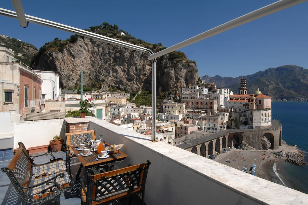 Atrani chiara amalfi coast apartments for rent in for Apartments amalfi