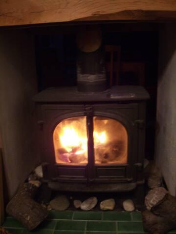 Warm Wood-burning stove