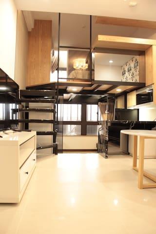 Classic 2RM near Shipai MRT(2-4P)捷運石牌旁 兩房一廳古典房2-4人