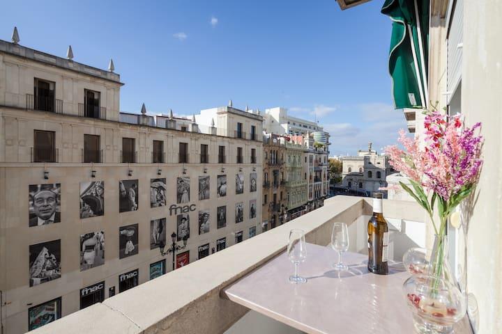 Next to la Giralda terraza