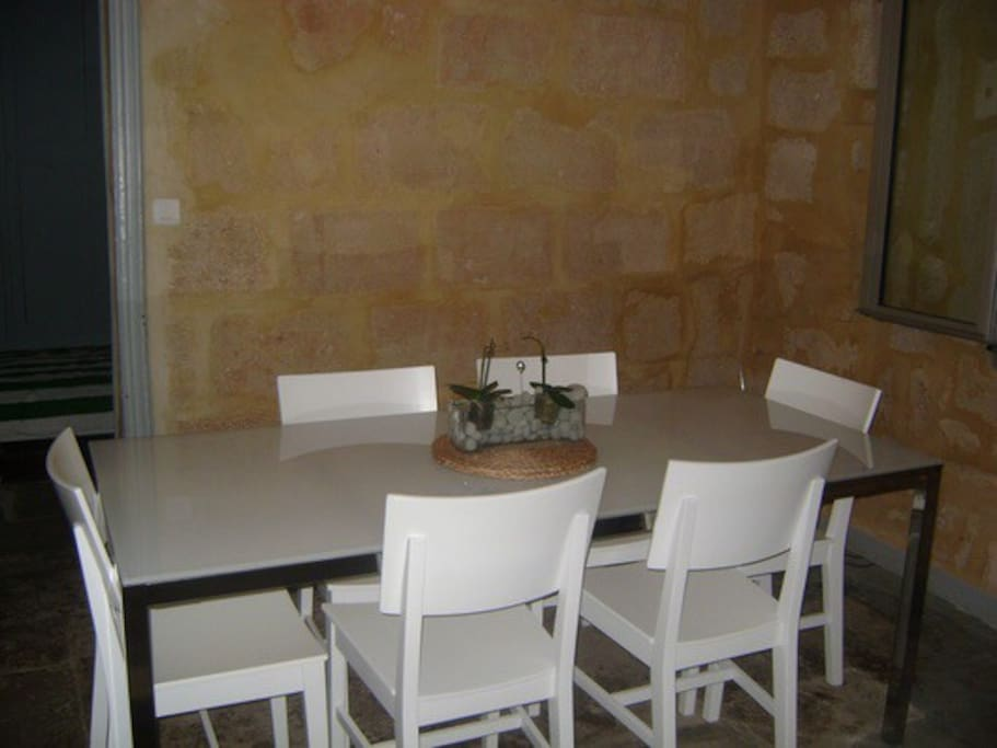 Tr s bel appartement meubl apartments for rent in for Appartement meuble montpellier