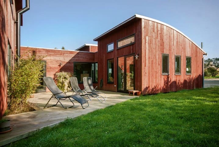 Villa bois 200m2 - 1 km de la mer - Saint-Pabu - Huis