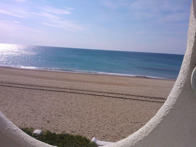Mirador es una casa a pie de playa  - Tarragona - Appartement