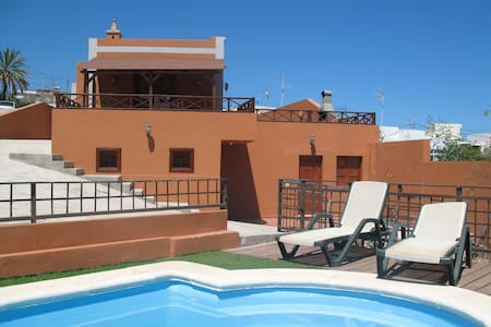 Casa Rural Remedios, private pool - Güímar - Talo