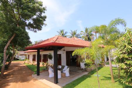 Abey's Villa - A boutique homestay - Panadura - Bed & Breakfast