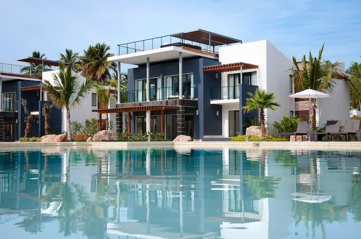 Beautiful Beach Villa @ Sublime Samana Hotel