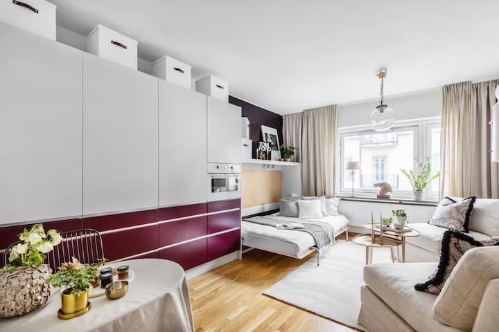 Studio apartment with hotel feeling