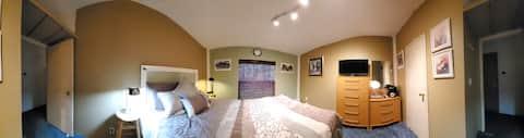 @LadyDunans Sleeping Chamber - quiet bedroom