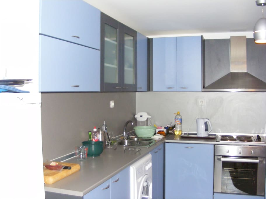 There are 2 fully fitted kitchens like this 1 in house 1 in cottage next to it