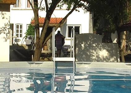Luxury Villa Cottage barn & pool - Sliven