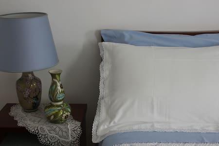5Terre-B&B Invidia-Camera Tripla - Maissana - Bed & Breakfast