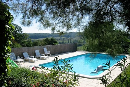 Spacious Private House with Pool - Caubon-Saint-Sauveur - 独立屋
