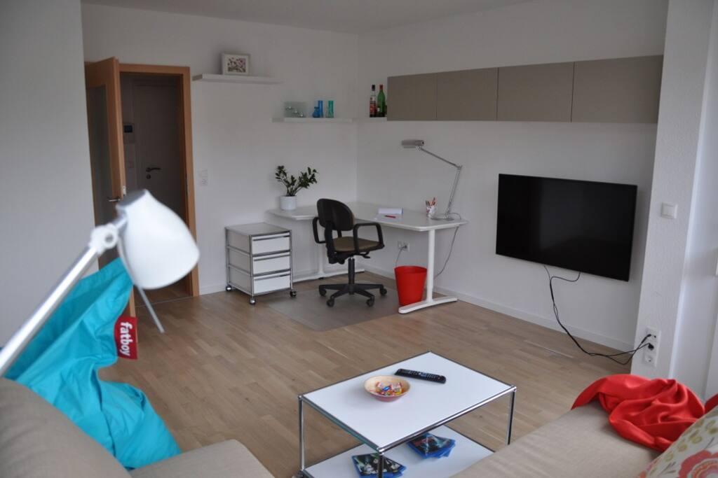 kit uni central living garage new apartment wohnungen zur miete in karlsruhe baden. Black Bedroom Furniture Sets. Home Design Ideas