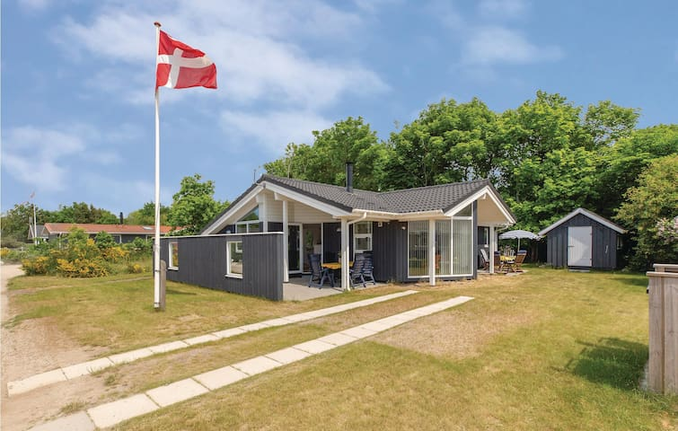 Holiday cottage with 3 bedrooms on 91m² in Slagelse