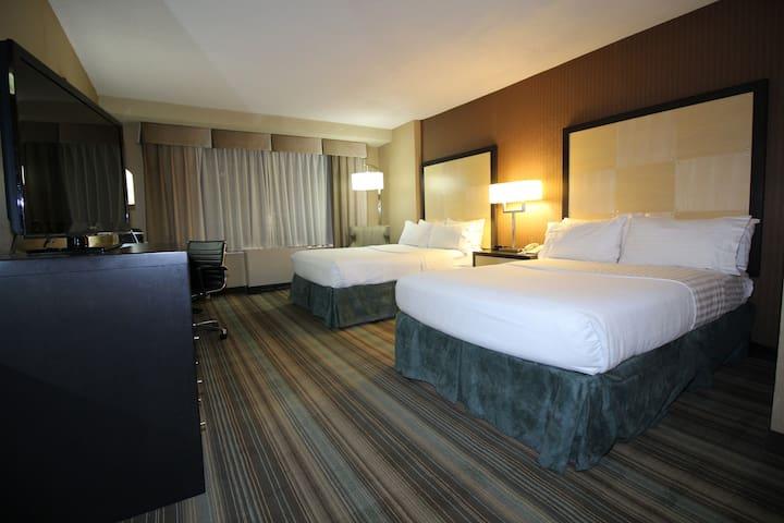 Watson Hotel, Standard Double Double