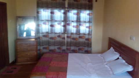 Appartement joliment meublé - bien situé