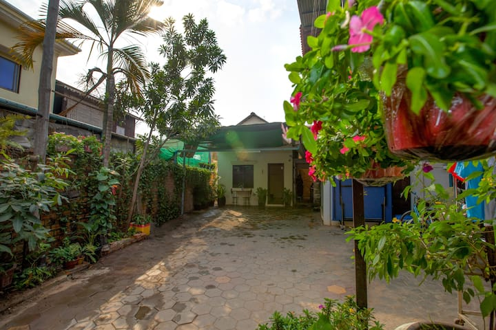 Homestay as family in Siem Reap@ local experience