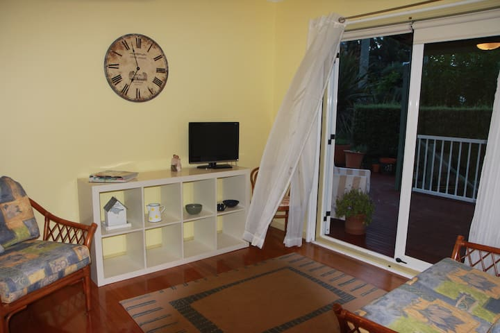 Mod. & charm private 2 rm. SC Apt. - Mallacoota - Daire