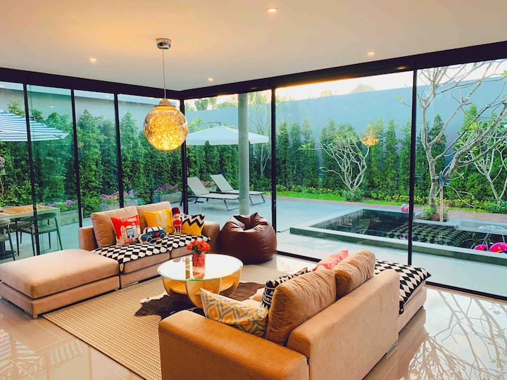 VS【London】Luxury Modern Style 400sqm Pool Villa