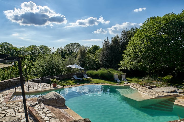 Beautiful Villa + Pool near Siena