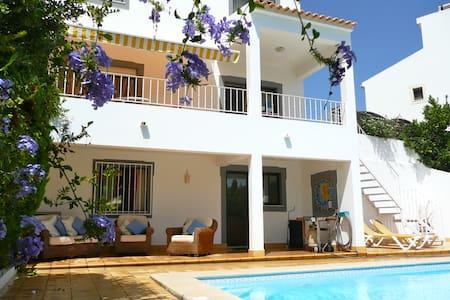 Our beautiful villa with pool - Ferragudo