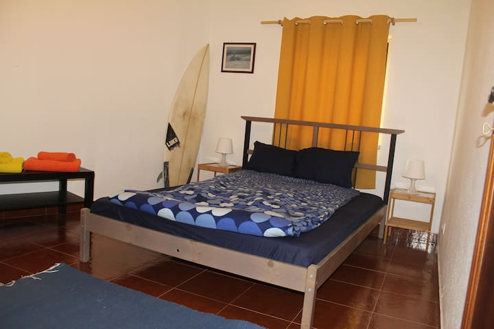 Lapa House - Ribeira de Ilhas (double room) - Ericeira - Σπίτι