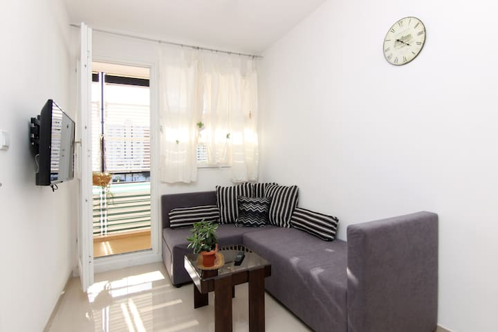 "Apartment ""MARIS""near beach free wife free parking"