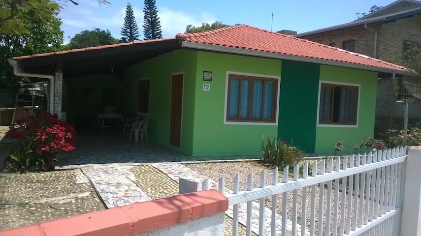CASA EM BOMBINHAS SC - Bombinhas - Haus