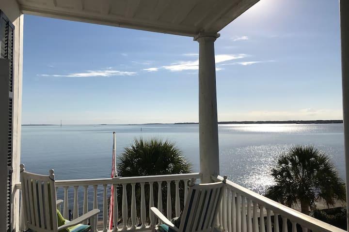 Zero Water Street - Penthouse Suite & Harbor Views