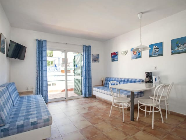 One-Bedroom Apartment located 50m from the beach of Canyelles Petites, Roses