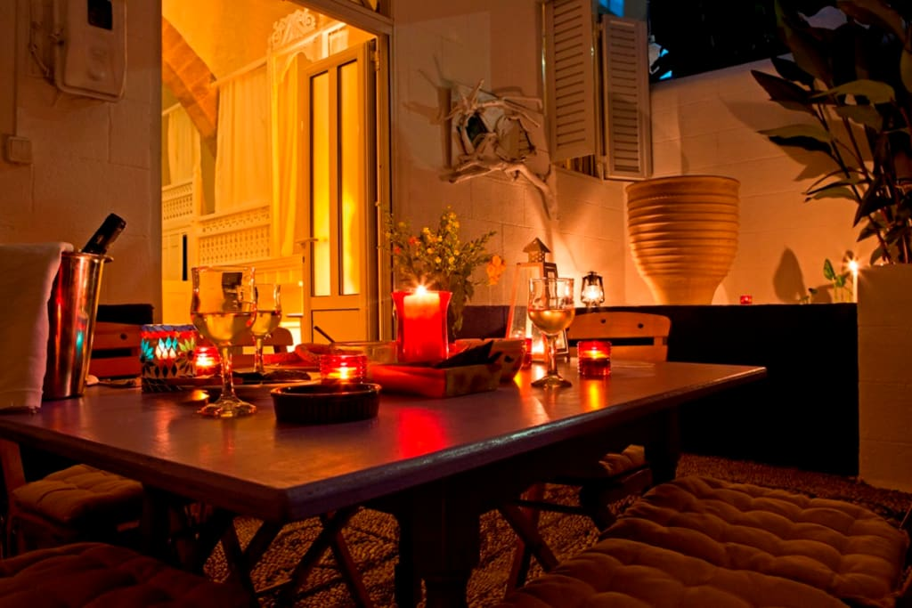 The Lemonia House, super atmospheric and romantic house. sleeps 6, if you want the real Greek life style, then visit this house in a Greek neighborhood. no tourists here....