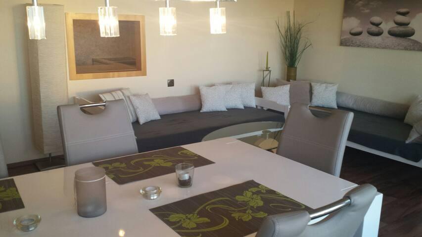 Gemütliche sonnige 2 Zimmer Wohnung - Altensteig - Apartment