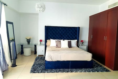 ENTIRE PLACE WITH FULL SEAVIEW JBR - Dubai - Wohnung