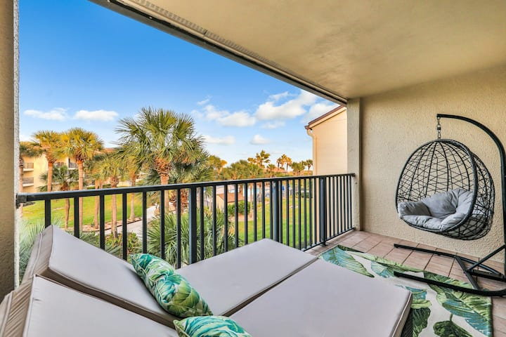 Dog-friendly, two-story, beachfront condo w/ shared pools & beach access