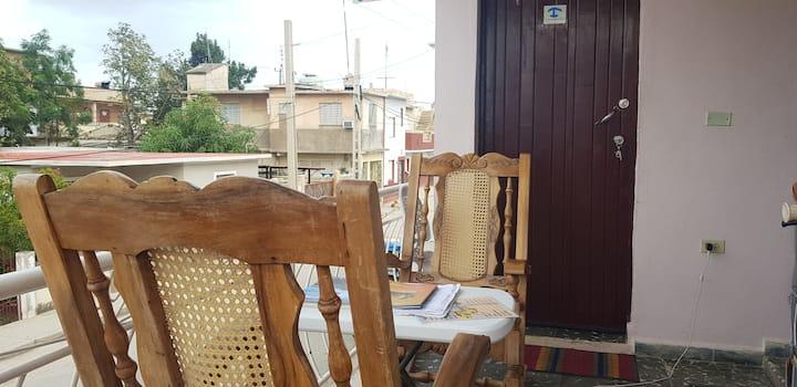 Habitacion y baño equipada  SANTAMARTA.Zona centro